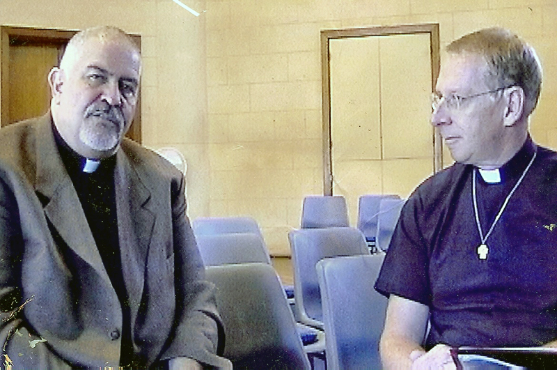 Reverend Greg Smith and MCC founder Reverend Troy Perry at MCC Sydney in 2004