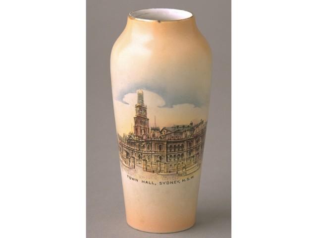 Bone-china-vase