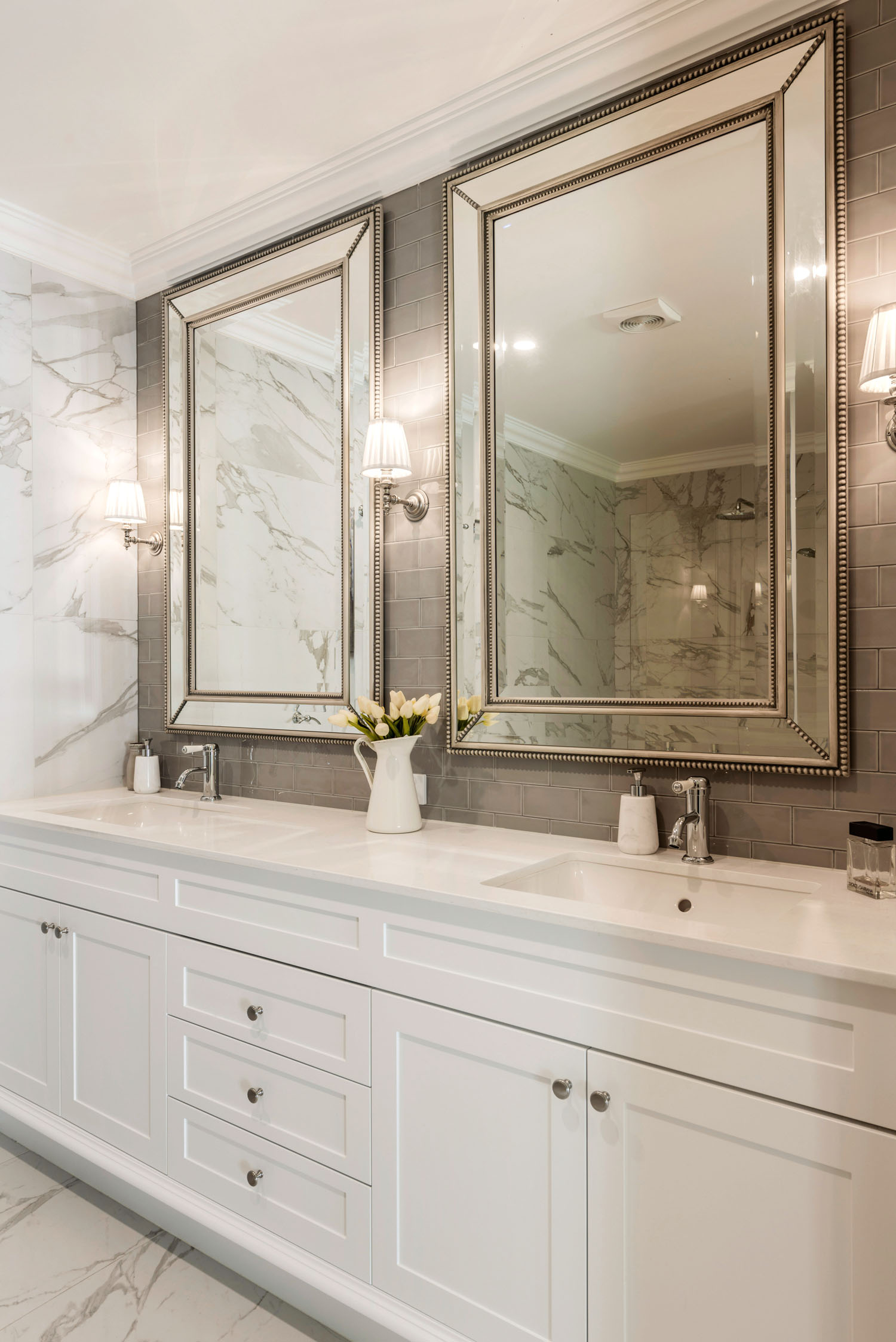 Hamptons Style Ensuite Completehome