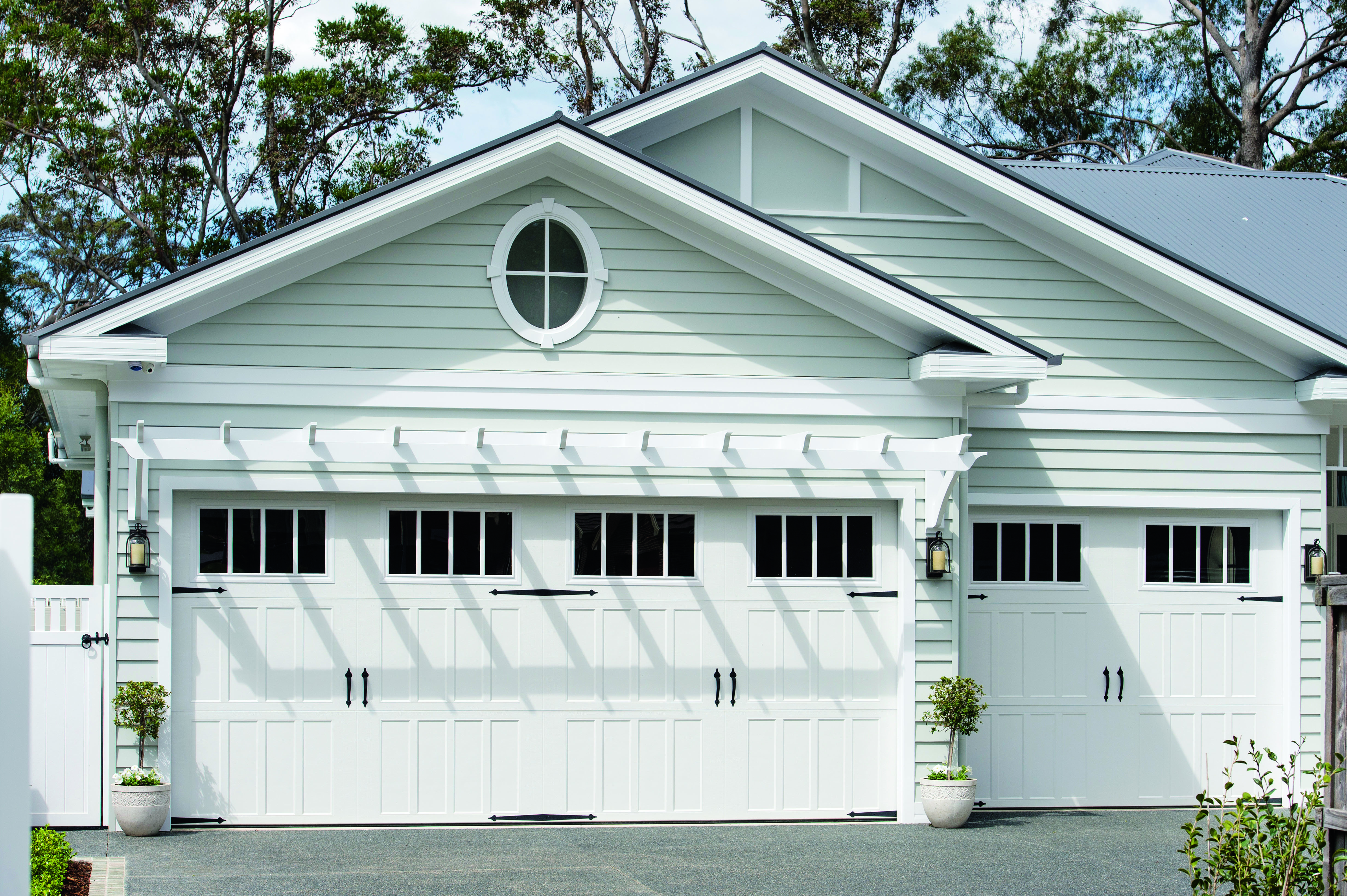Classic design modern build an authentic hamptons haven for Modern classic building design