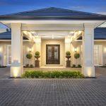 A high calibre custom home: clever lifestyle design - house facade exterior