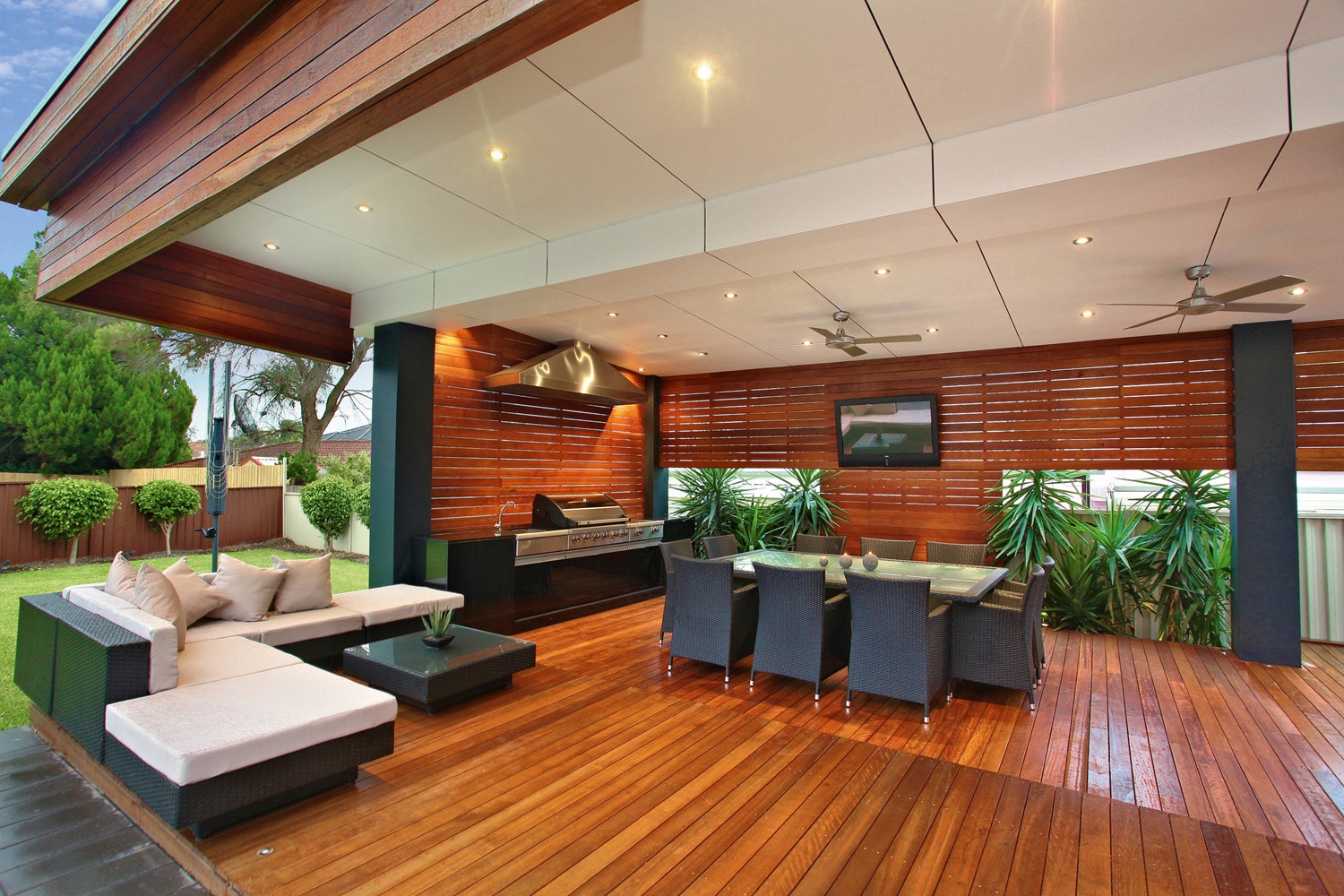 room to move a stylish outdoor room project  completehome