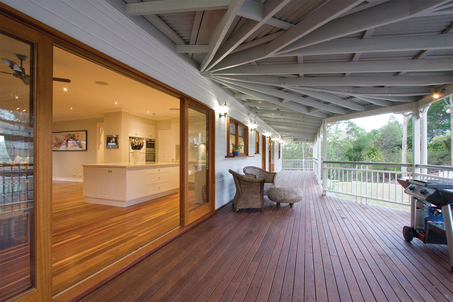 The high life traditional queenslander home contemporary for Classic home designs australia