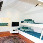 12 features of a contemporary cabana