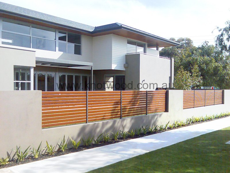 Fencing Durable Aluminium Fencing And Variable Slat Sizes