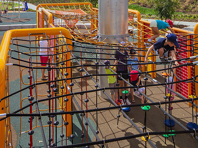 climbing, rope, rope play, rope structures, climbing structures, corocord, urban play