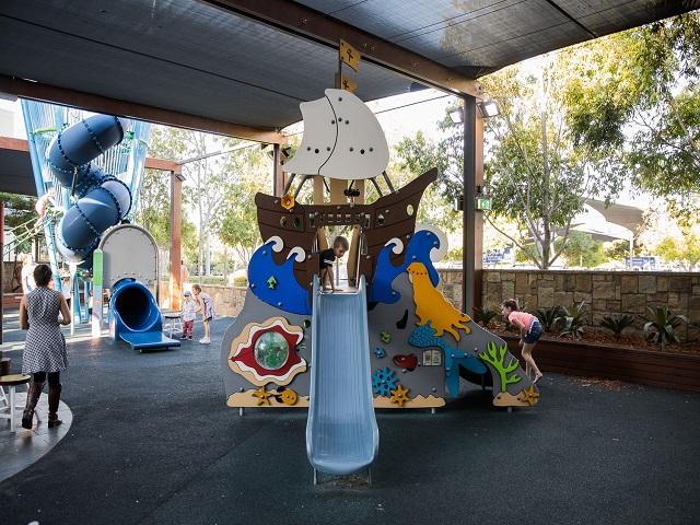 urban play, kompan, corocord, play, play equipment, play structures, playgrounds