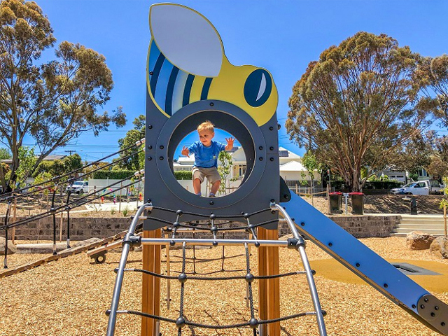 Proludic, Sheils Reserve, themed playground, multiplay unit