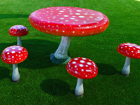 MUSHROOM TABLE AND CHAIRS & Mushroom Table and Chairs - Product | ODS