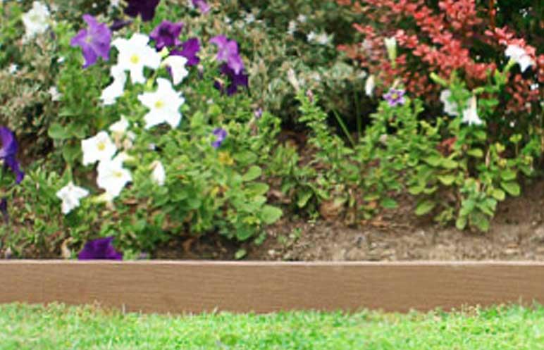 Garden edging enviroslat product ods for Soft landscape materials