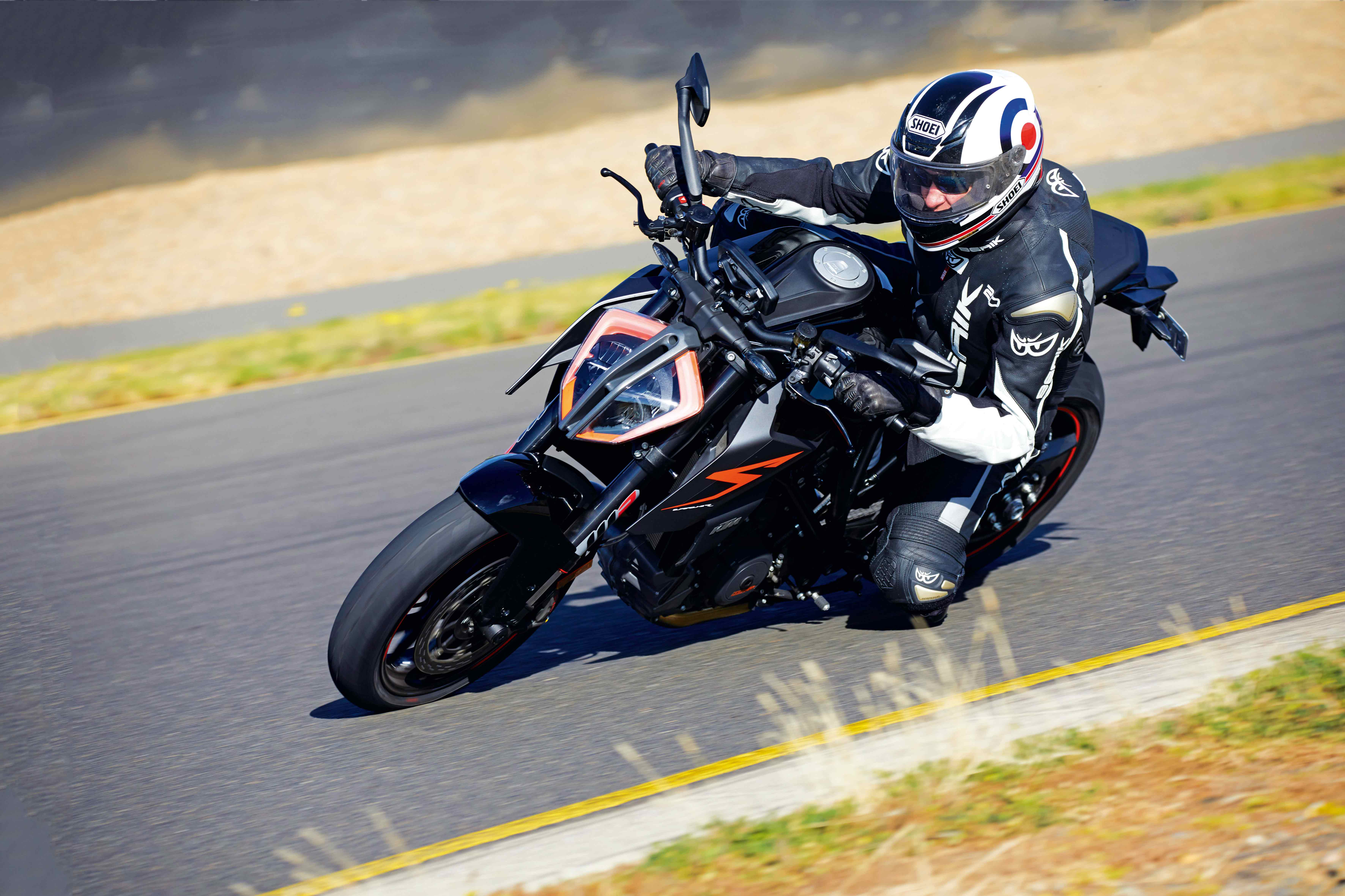 ARR141_-KTM-Super-Duke-R-Opener_IM_5321_Edit