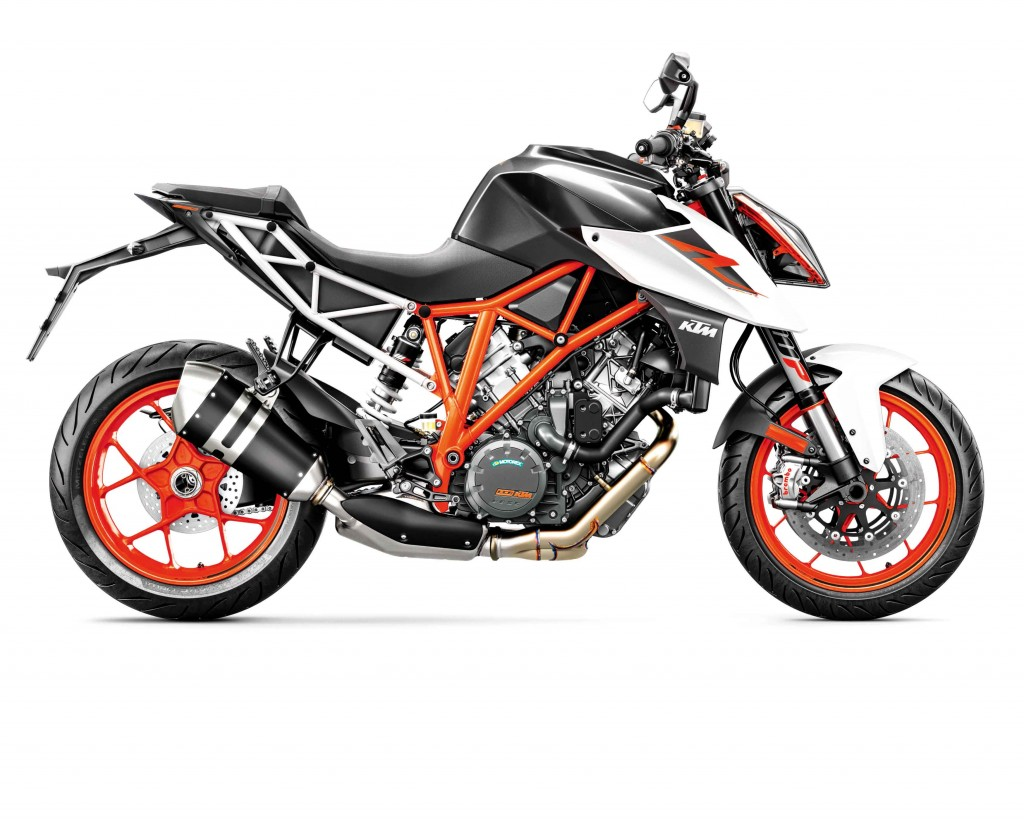 ARR141_-KTM-Super-Duke-R-7-KTM-1290-SUPER-DUKE-R-MY17-orange_90-ri