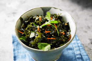 Lee's Seaweed & Sesame Salad