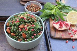 Lisa's Kale, Quinoa & Pomegranate Salad