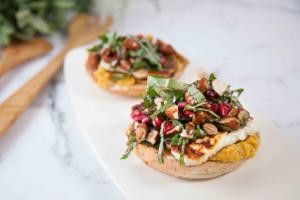 Breakfast Bagel Bruschetta with Haloumi, Pumpkin Hummus & Salsa
