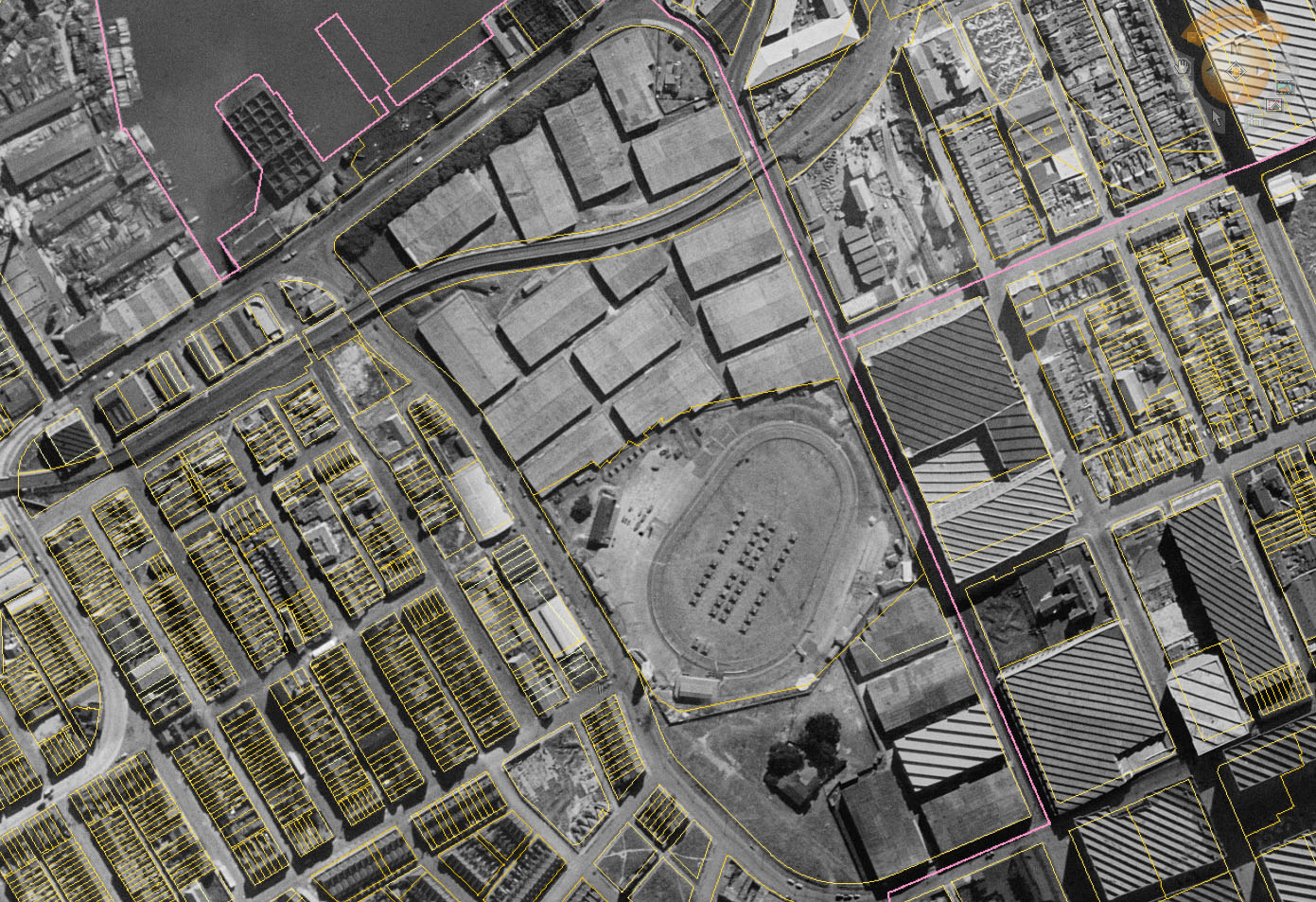 1943 aerial view of Wentworth Park