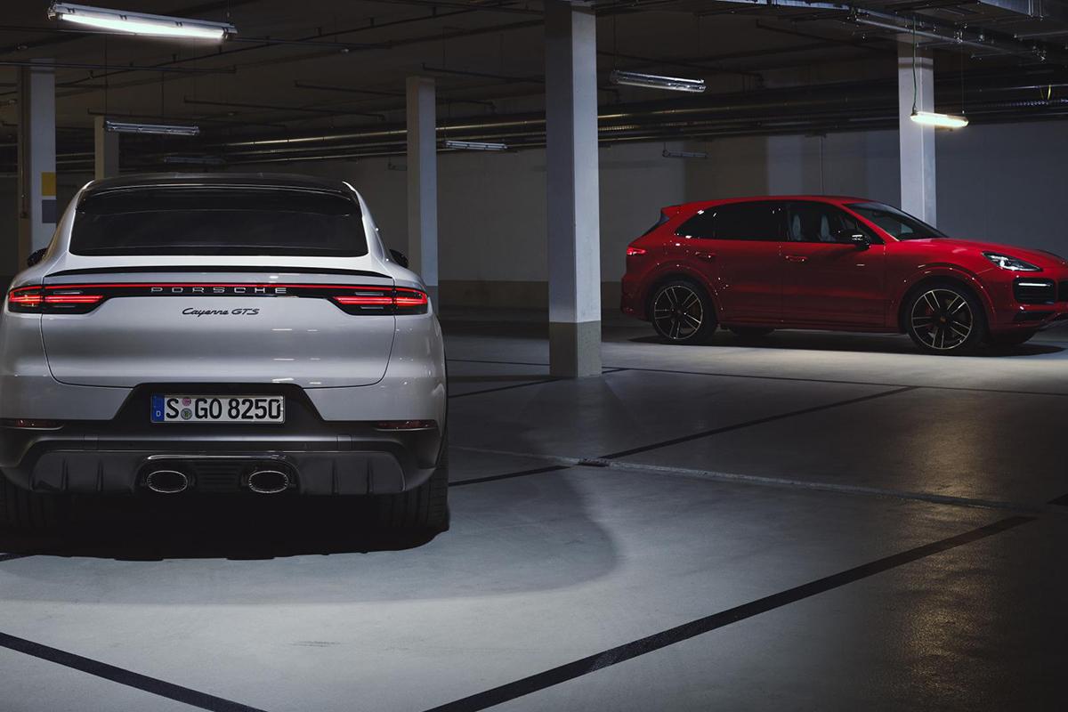 V8, 2020 Porsche Cayenne GTS,