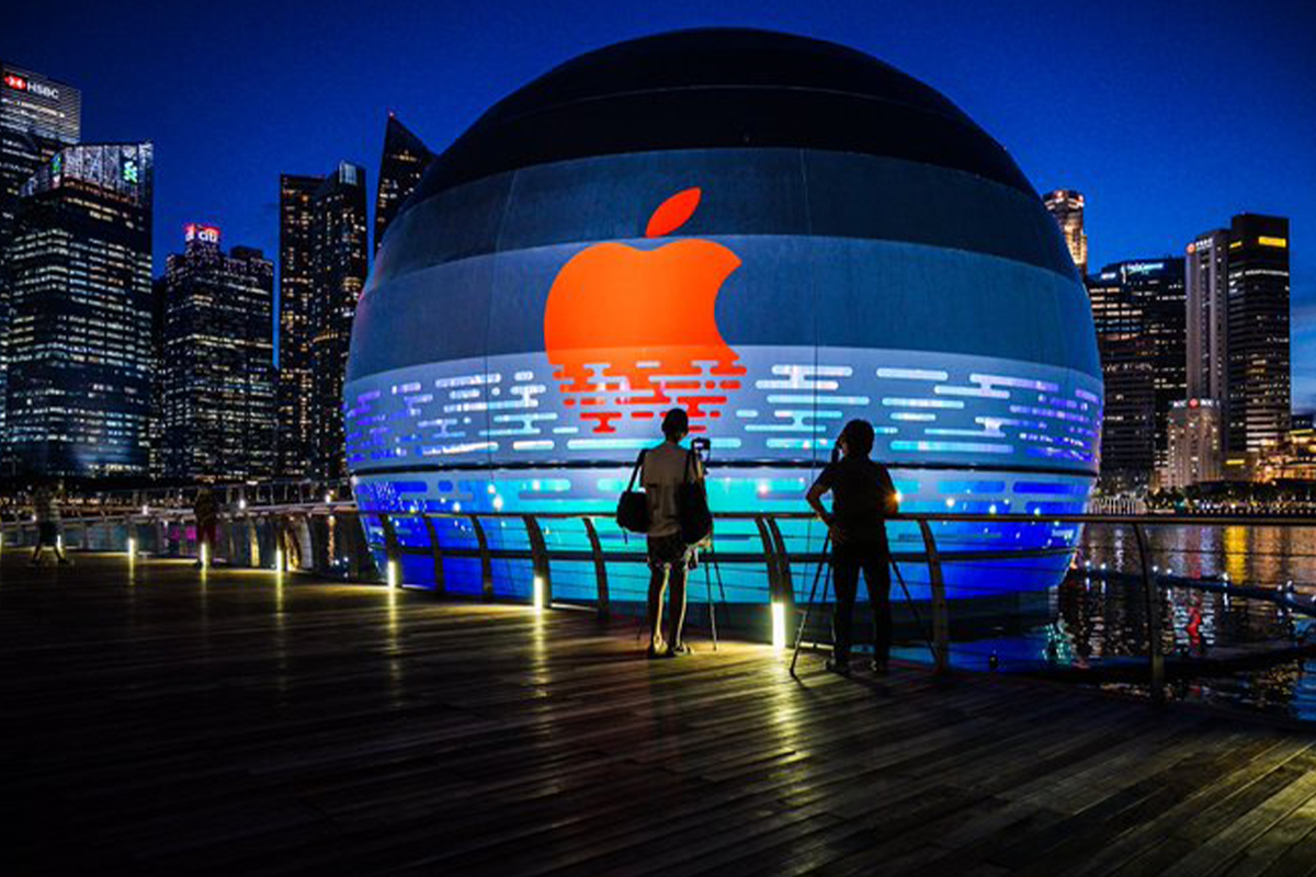First Apple store to float on water off Singapore's Marina Bay Sands