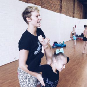 LisaEllis_Dancer_600x600