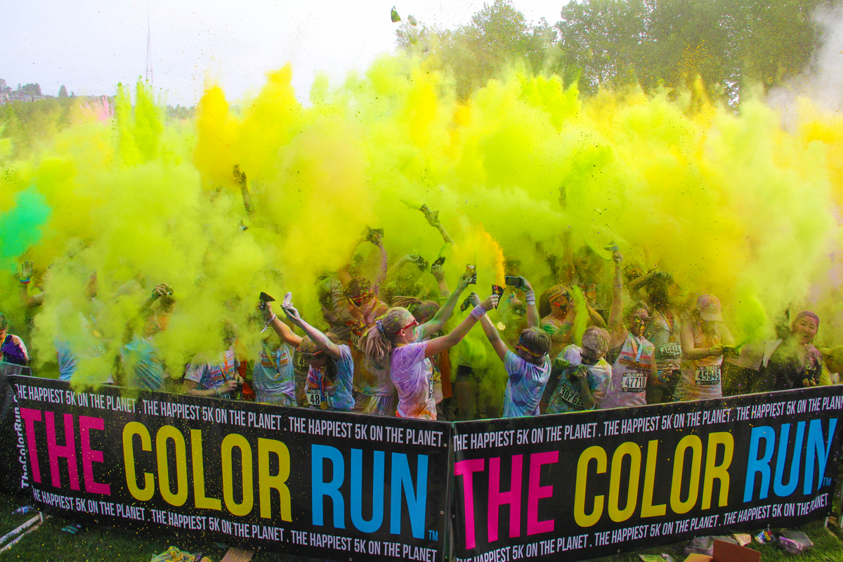 The color run   color throw 2