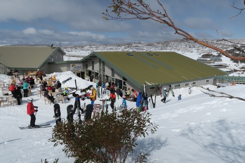 Img 9046 bbq lunch on slope sundeck hotel perisher stay on snow 45