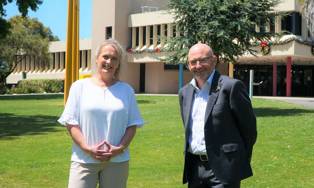 City of Mount Gambier General Manager Community Wellbeing and Acting CEO Barbara Cernovskis (left) welcomes new General Manager Shared Services Darren Barber to the Council team.
