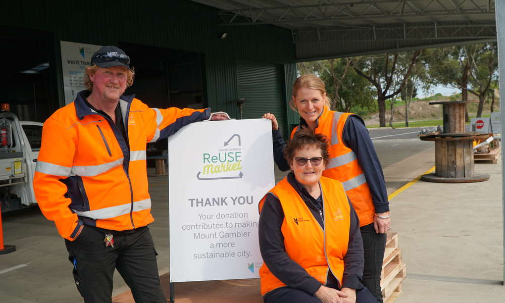 City of Mount Gambier ReUse Market Attendants Michael Satterley (left) and Tanis Alexander (middle) and Market Coordinator Rebecca Mobbs were excited to open the ReUse Market doors to the community for the first time on Wednesday 31 October 2018.