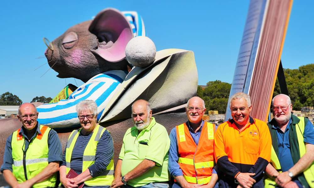 Volunteers Alan Richardson, Helen and Tom Telford, Greg Muller and Mike Scutter along with City of Mount Gambier Workshop Mechanic Joe Ciavatta (second from right) have been working on the new float for many months.