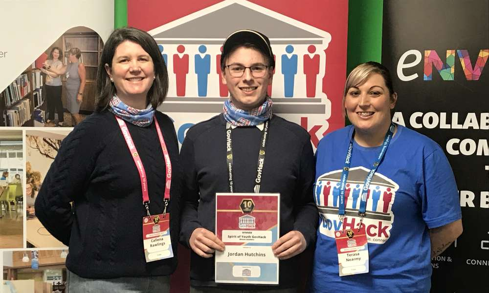 Spirit of GovHack winner Jordan Hutchins (centre) with eNVIsion Limestone Coast Area Manager Callena Rawlings (left) and Library Youth Services Coordinator Terasa Nearmy.