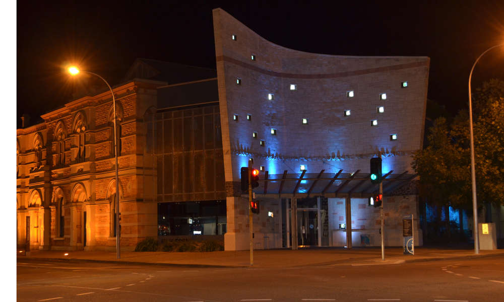 The Riddoch and Main Corner Complex is one of many Council sites that will turn the lights out on Saturday 28 March as part of Earth Hour.