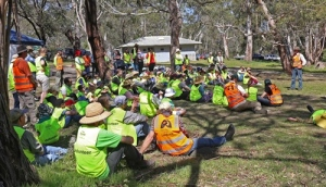Volunteers at the Landcare Camp Out on the Mount