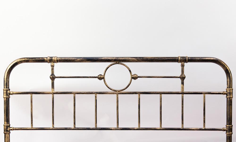 Deco metal bed frame   web2