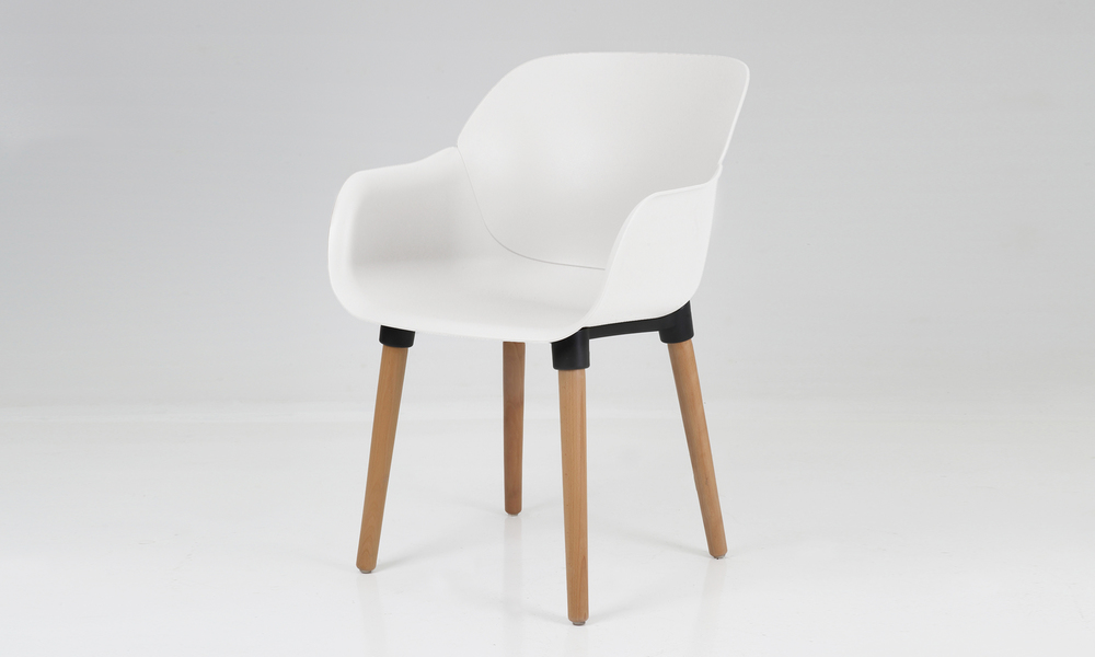 Harrison plastic tub chair 2700   web2