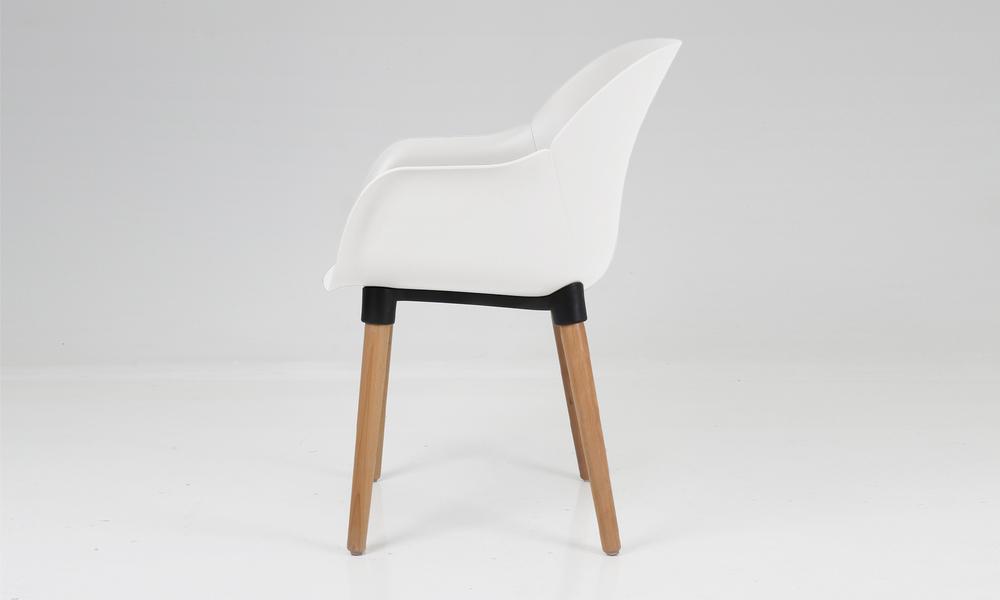 Harrison plastic tub chair 2700   web3