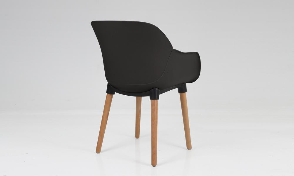 Harrison plastic tub chair black 2700   web4