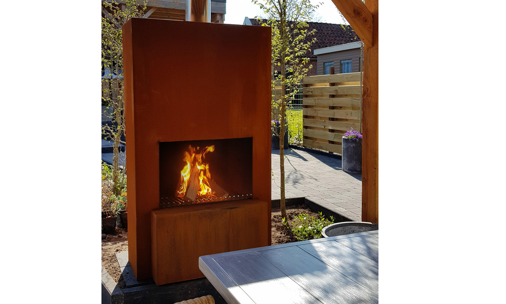 Pinacate corten terrace fireplace   web4