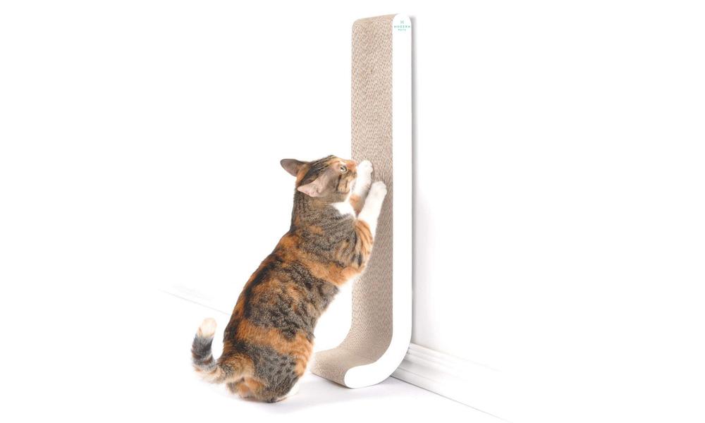 Modern pets wall mounted cat scratch pole 2935   web1