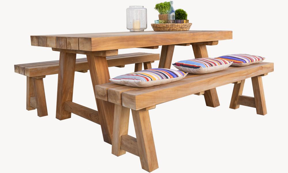 Mackinder teak dining table 2675   web2