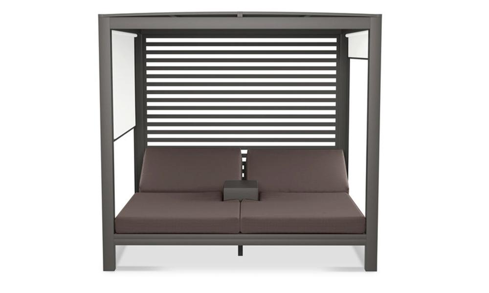 Lyon daybed   dark frame wifera cushion 2911   web2