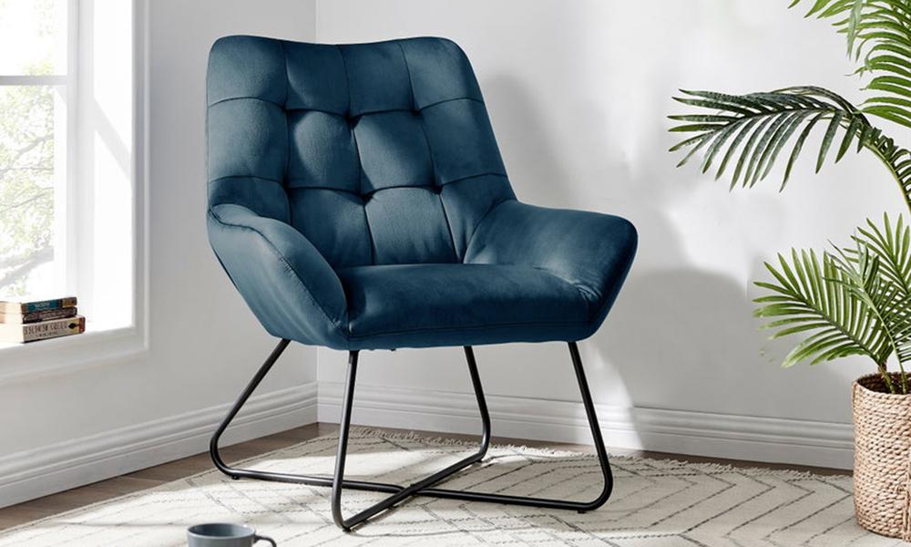 Navy dukeliving easton velvet resting armchair 3087   web1