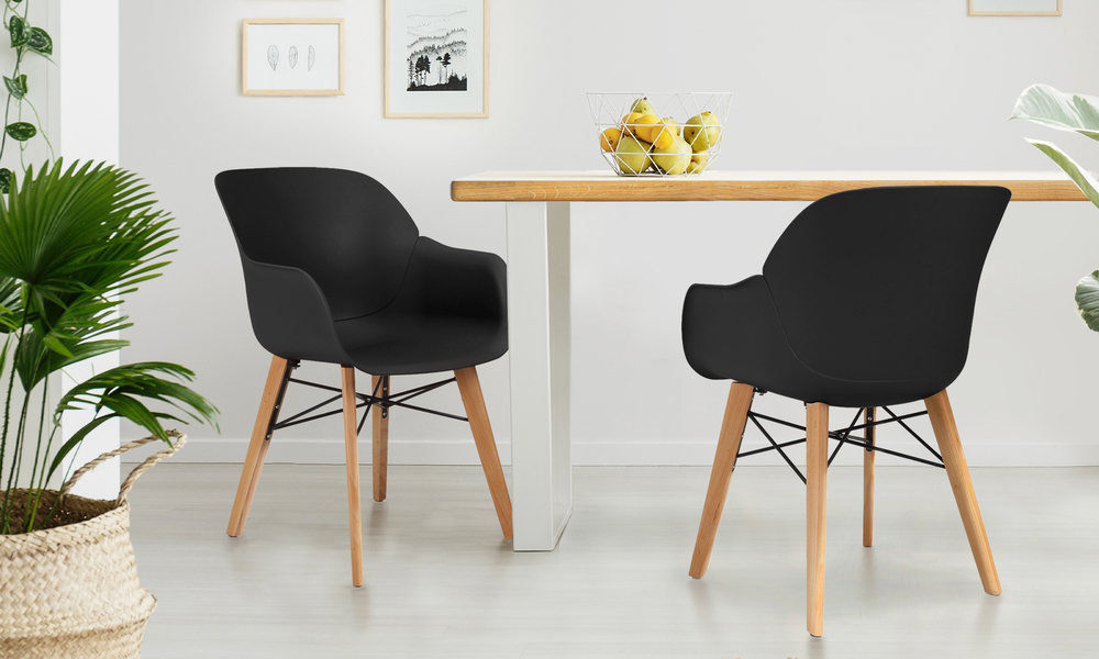 Lifestyle harlow plastic tub chair 2701   web1