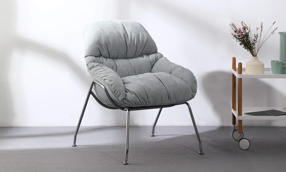 Vilma lounge chair 3149   web1