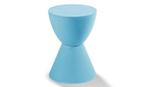 Recoloured blue   replica philippe starck prince aha stool   1160  web1