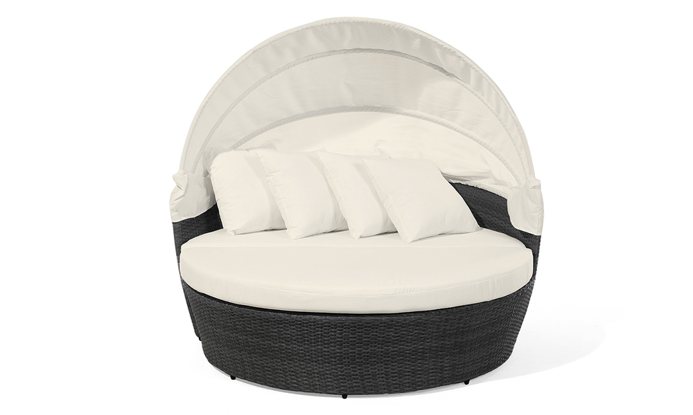 Outdoor lounger web2 1