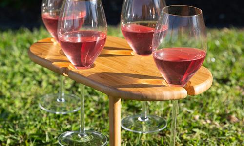 4 wine holder social 1