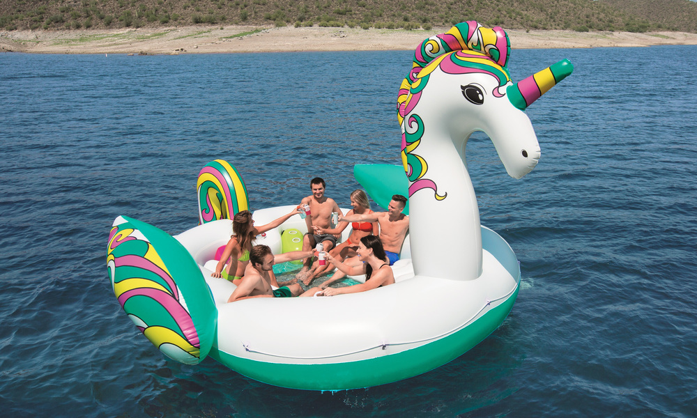 Giant 6 person inflatable unicorn  web1