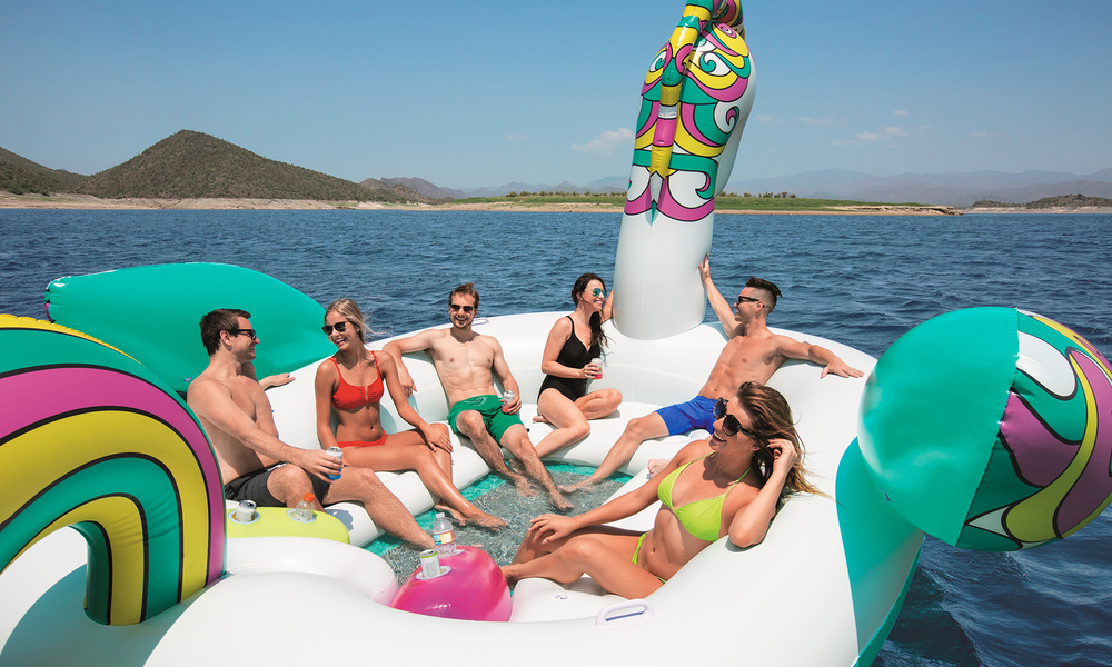 Giant 6 person inflatable unicorn  web10