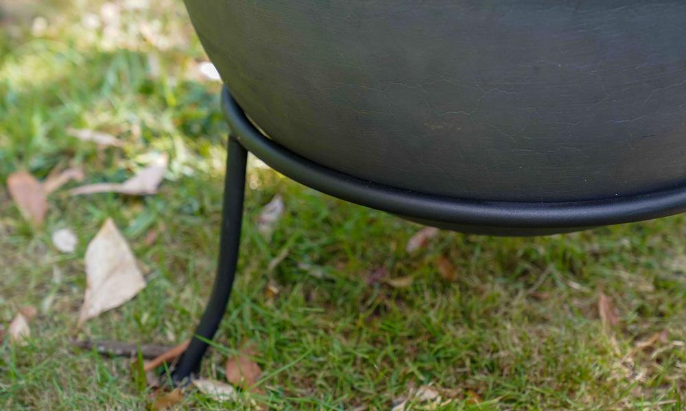 Cast iron fire bowl   web2
