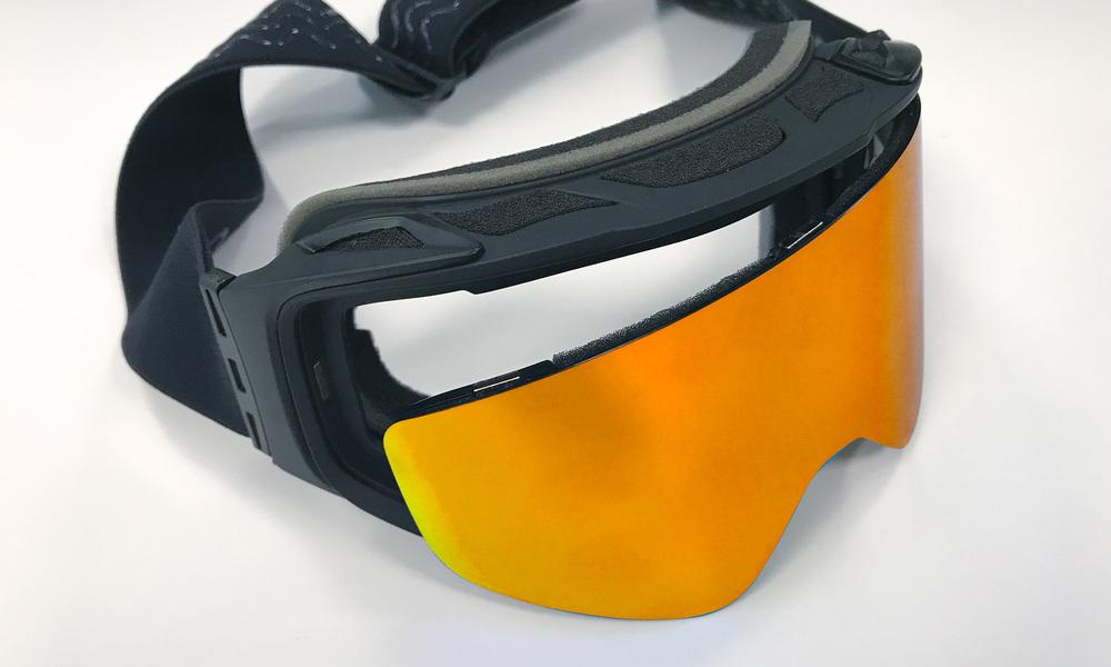 Red   revo snow goggles   web2