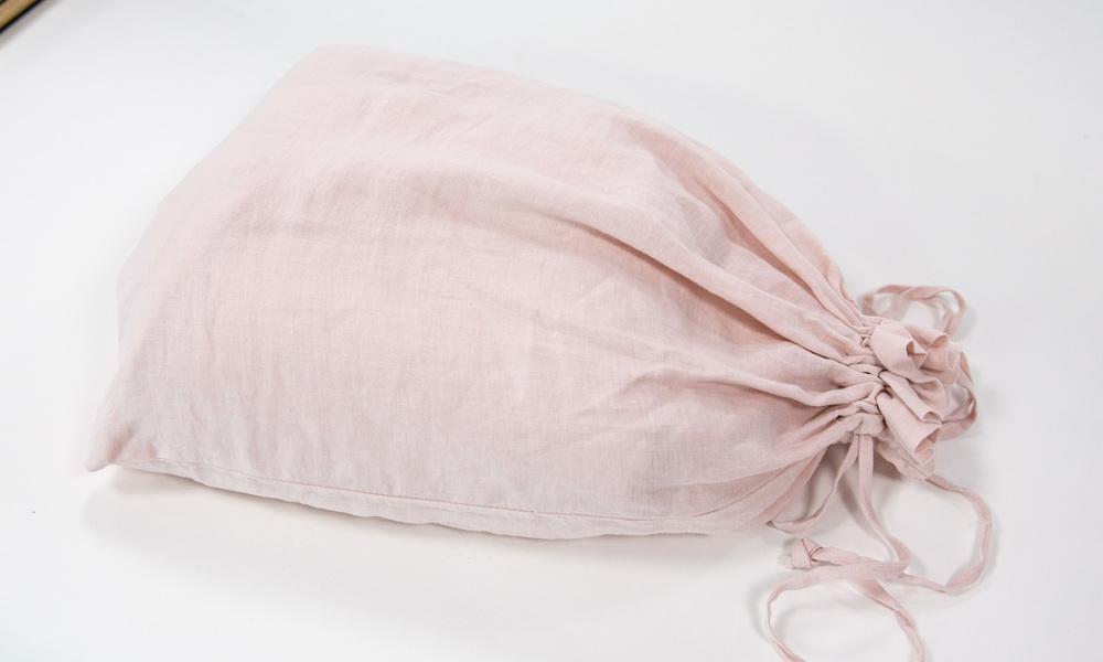 Dusky pink   linen duvet   web3